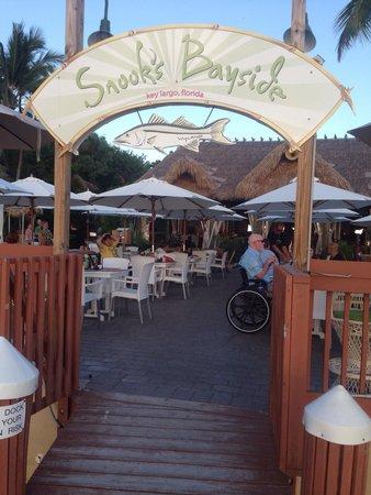 Snook's Bayside Restaurant: Dock entrance