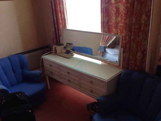 Ritz Edinburgh: The dressing table complete with kettle and plastic cups