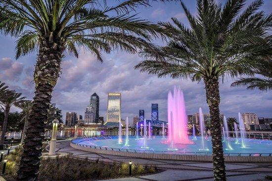 Hyatt Regency Jacksonville Riverfront: Friendship Fountain