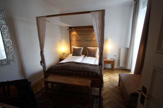 Axel Guldsmeden - Guldsmeden Hotels: Double bes was acutally two single beds