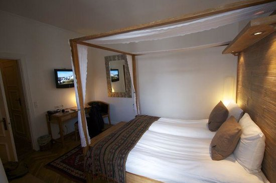 Axel Guldsmeden - Guldsmeden Hotels: Superior room, small but nice