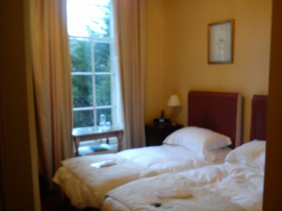 Bailbrook Lodge: our room