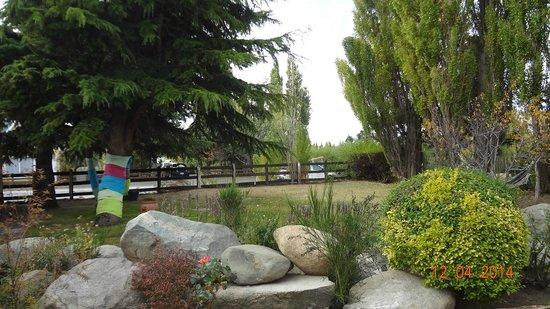Schilling Hostal Patagonico: Jardín