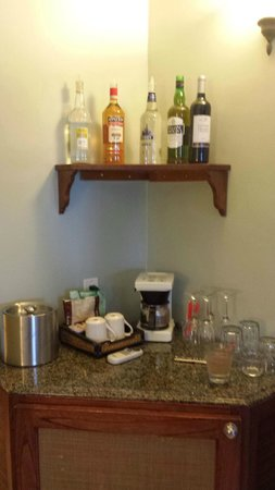 Sandals Regency La Toc Golf Resort and Spa : Vodka, Rum, Wine, Whiskey & Gin - all you can drink