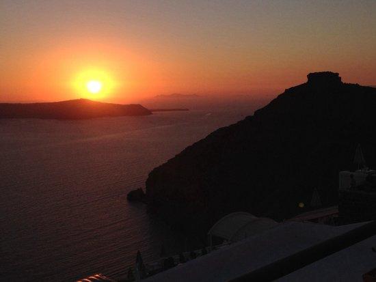 Remvi Restaurant: Vista al tramonto