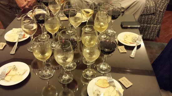 Sandals Regency La Toc Golf Resort and Spa : Wine tasting for Club Level Guests only - Excellent!