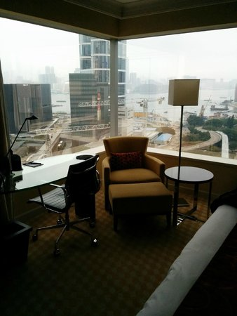 JW Marriott Hotel Hong Kong: Victoria Harbour view (but blocked by cranes for constructions)