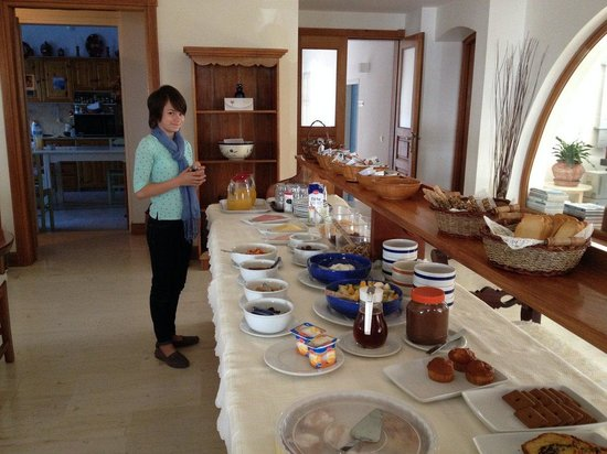 Hotel Matina: Breakfast buffet