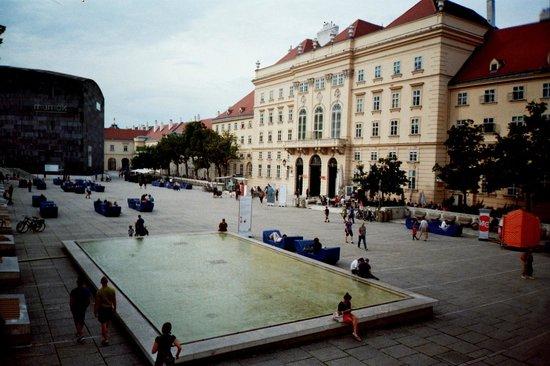 MuseumsQuartier Wien: 1