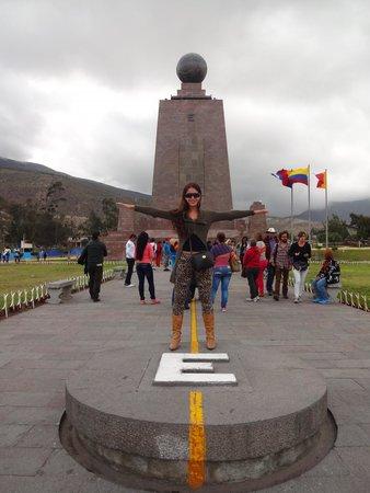 Mitad del Mundo: monumento