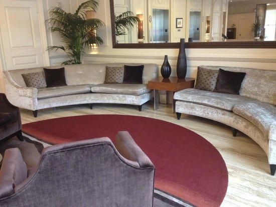 The Bristol Hotel : Lobby