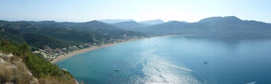 Hotel Costas Golden Beach: View from Afionas. CGB is about dead centre