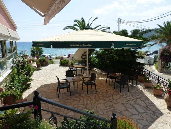 Hotel Costas Golden Beach: Just outside reception