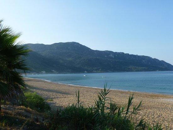 Hotel Costas Golden Beach : View from pool terrace looking left