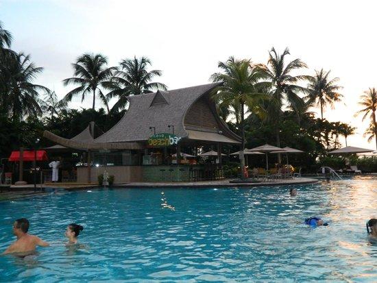 Shangri Las Rasa Sentosa Resort Spa Siloso Beach Bar