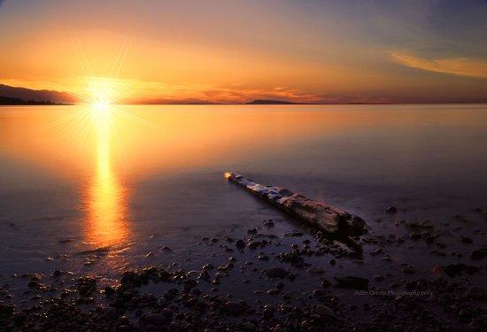 Qualicum Beach Community Park: Amazing sunset @ Qualicum beach