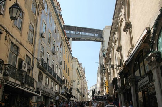 Santa Justa Lift : The road crossing from the Elevador top