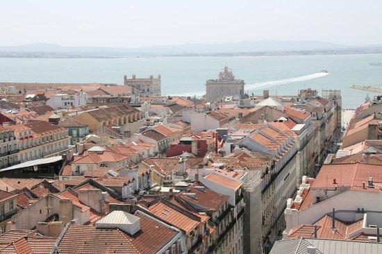 Santa Justa Lift : View of the Praca do Comercio and the Tejo river