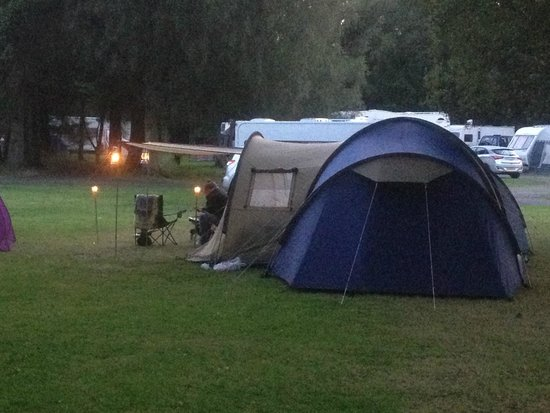 Loch Lomond Shores: Lovely Campsite