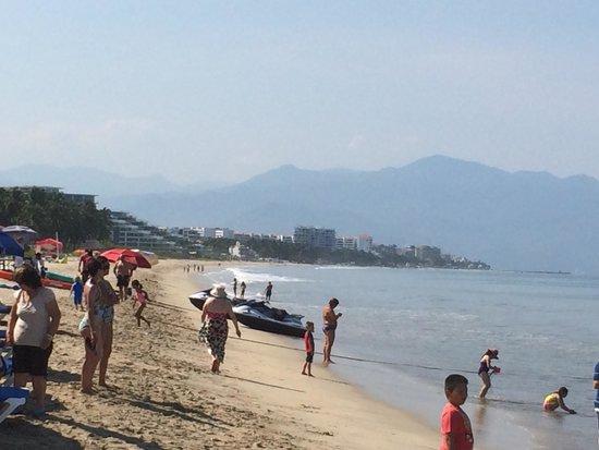 Hotel Riu Vallarta : The beach