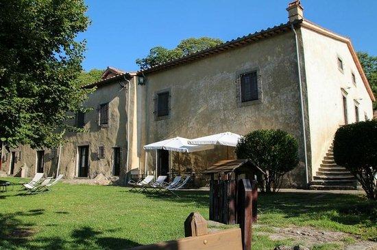 Hotel Relais San Lorenzo: ambiente rustico toscano
