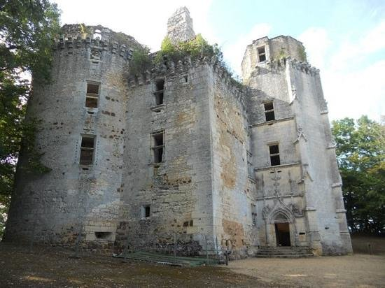 Rouffignac-Saint-Cernin-de-Reilhac, France: chateau de l'herm