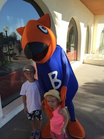 Blau Punta Reina Resort : Avec la mascotte.