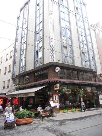 Hotel Ilkay : frente del hotel