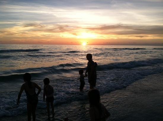 Casa del Mar Beach Resort: Sunset on Longboat Key at Casa Del Mar in August