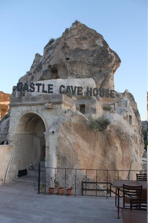 Castle Cave House: Great views from the hotel!