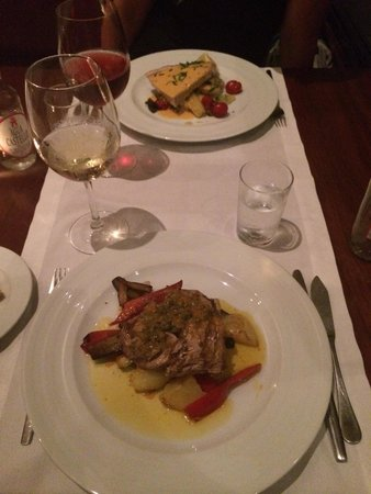 Colegio 27 Restaurant & Jazz Club : Very good Swordfish and Tuna