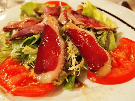 La Maison de Verlaine : Smoked duck on a salad, YUM!