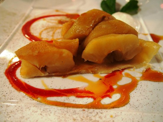 La Maison de Verlaine : Decontructed apple tart, good!