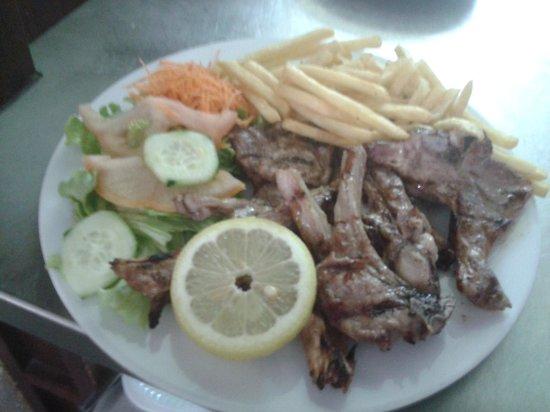 Restaurante A Muralha : costeletas de borrego grelhadas