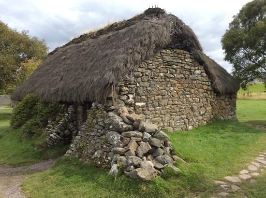 Culloden Battlefield: Stone Thatch House