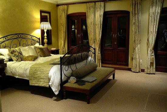 Oliver's Restaurant & Lodge: Chambre