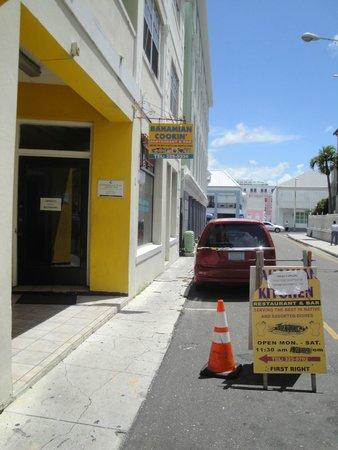 Bahamian Cookin' Restaurant & Bar: Exterior