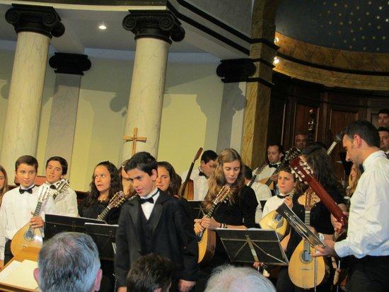 Madeira Mandolin Orchestra: In der English Church