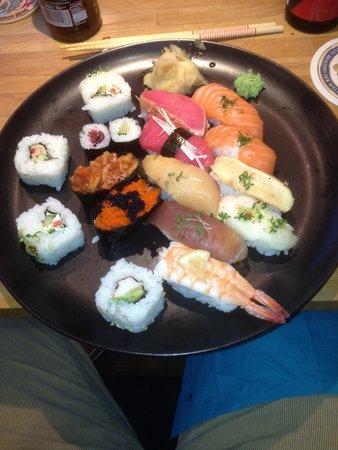Yamato: Big sushi meal