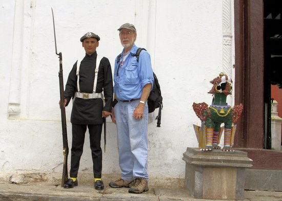 55 Window Palace : PhotoGuy poses with Gurkha Soldier in Bhaktapur.