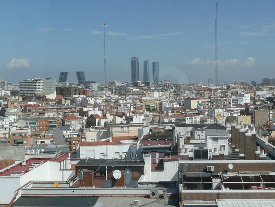 Abba Madrid Hotel: City view from room.