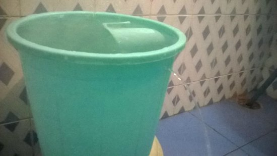 Royal Aashiyana Palace : Leaky bucket (was replaced soon)