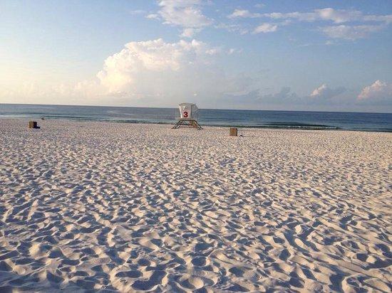Pensacola Beach: White sandy beach