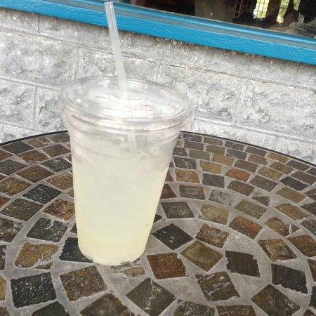 Joie de Vivre : Lemonade on the table out front