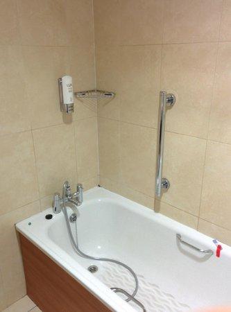 Cassidys Hotel: Vasca da bagno