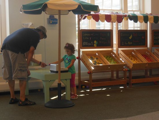 Center of Science and Industry (COSI): in the little kid area