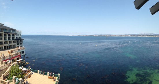 Monterey Plaza Hotel & Spa: View from the balcony