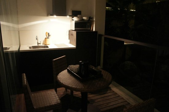 Taum Resort Bali: balcon cuisine