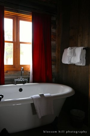 Zion Mountain Ranch : Beautiful - but limited toiletries