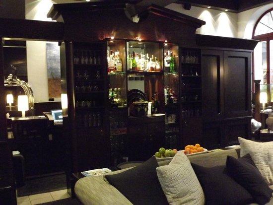 Hotel Le Germain Quebec : Angolo colazione e caffetteria